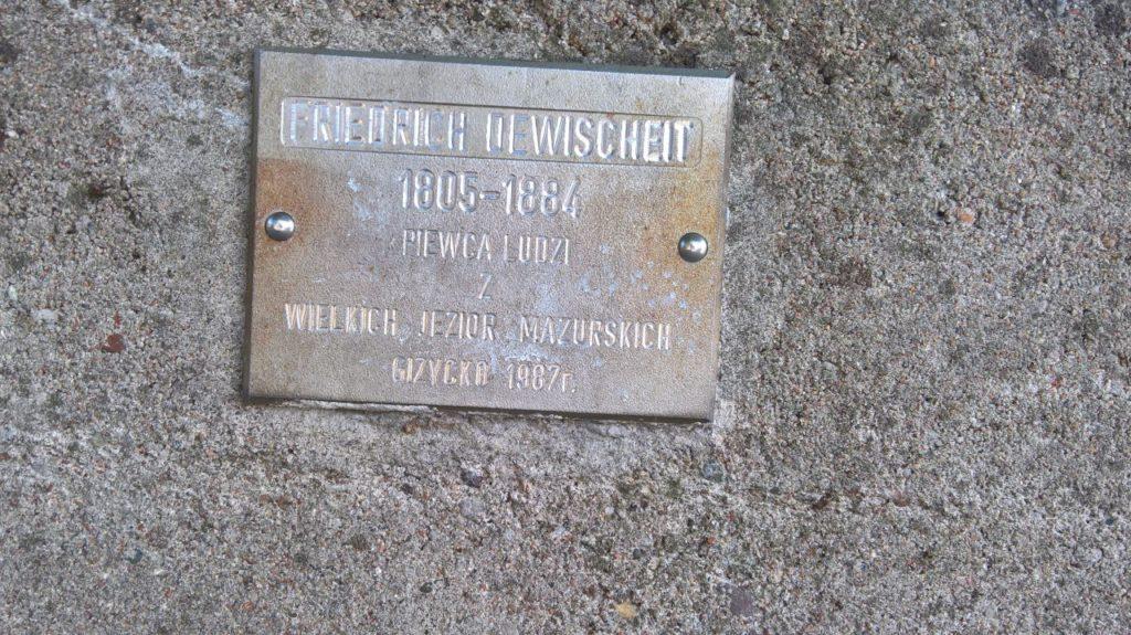 dewischeit_pomnik